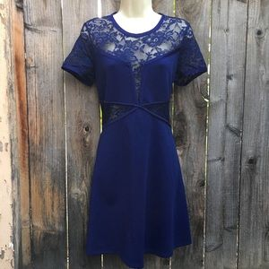 Express Womens Dress Large l Blue
